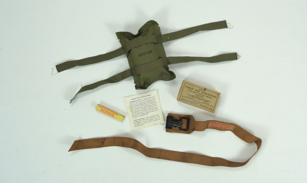 parachute first aid kit